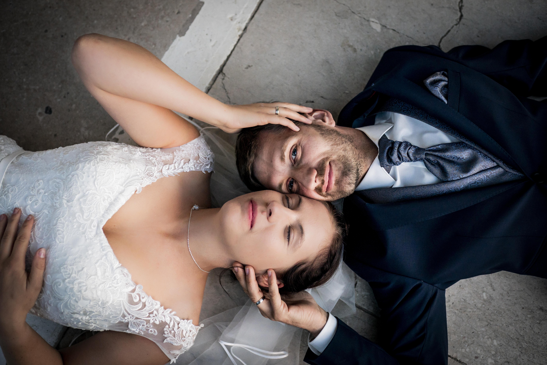 Ein ungestelltes Brautpaarshooting in der Walhalla in Regensburg | KK-Fotografie